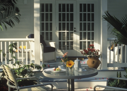 Porch and breakfast of a junior suite